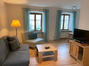 Hotel-Lobmeyer-Roding Zimmer-1