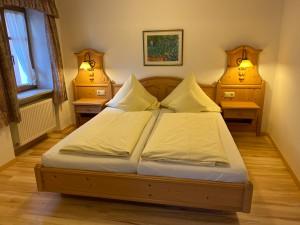 Hotel-Lobmeyer-Roding Zimmer-3